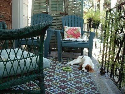wie wirkt ein kleiner balkon gross sweet home. Black Bedroom Furniture Sets. Home Design Ideas
