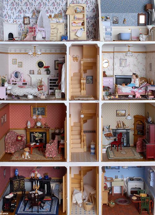 Puppenstuben das erste mal einrichten sweet home for Puppenhaus selber machen