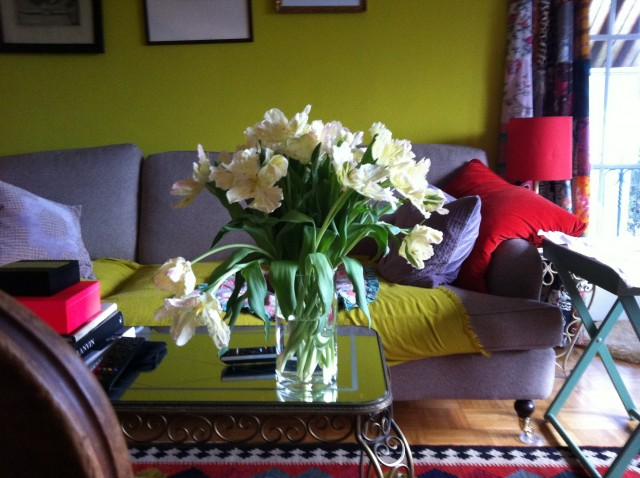 tausche glitter gegen tulpen sweet home. Black Bedroom Furniture Sets. Home Design Ideas