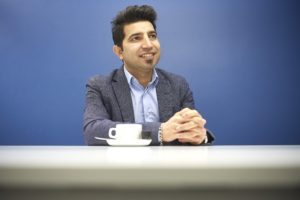 Dara Sadun kam mit leeren Händen in die Schweiz und wurde zum erfolgreichen Unternehmer. Foto: Adrian Moser