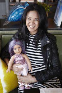 Bankerin mit einem Herz für Puppen: Theresia Le Battistini bringt ihre eigene Kollektion auf den Markt.