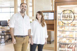 Emanuel und Manuela Steiner teilen die Passion fürs Kochen und führen das Unternehmen gemeinsam.