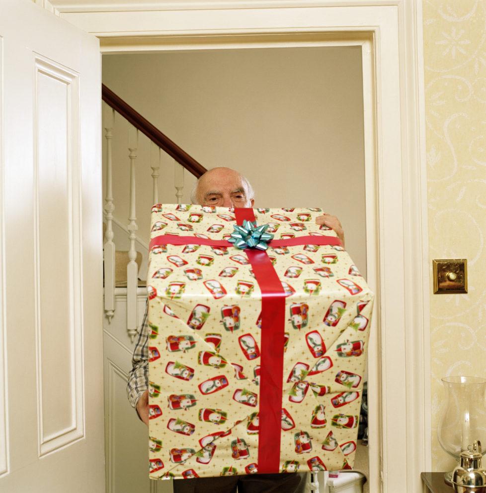 Erbrecht: Gelegenheitsgeschenke müssen nicht ausgeglichen werden. Foto: Getty