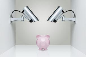 Die Bank bietet Flexibilität, bei der Versicherung ist Disziplin angesagt. Foto: Getty Images