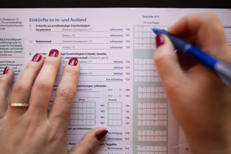 Steuererklärung: Zahlung der Steuern in Raten möglich. Foto: Keystone