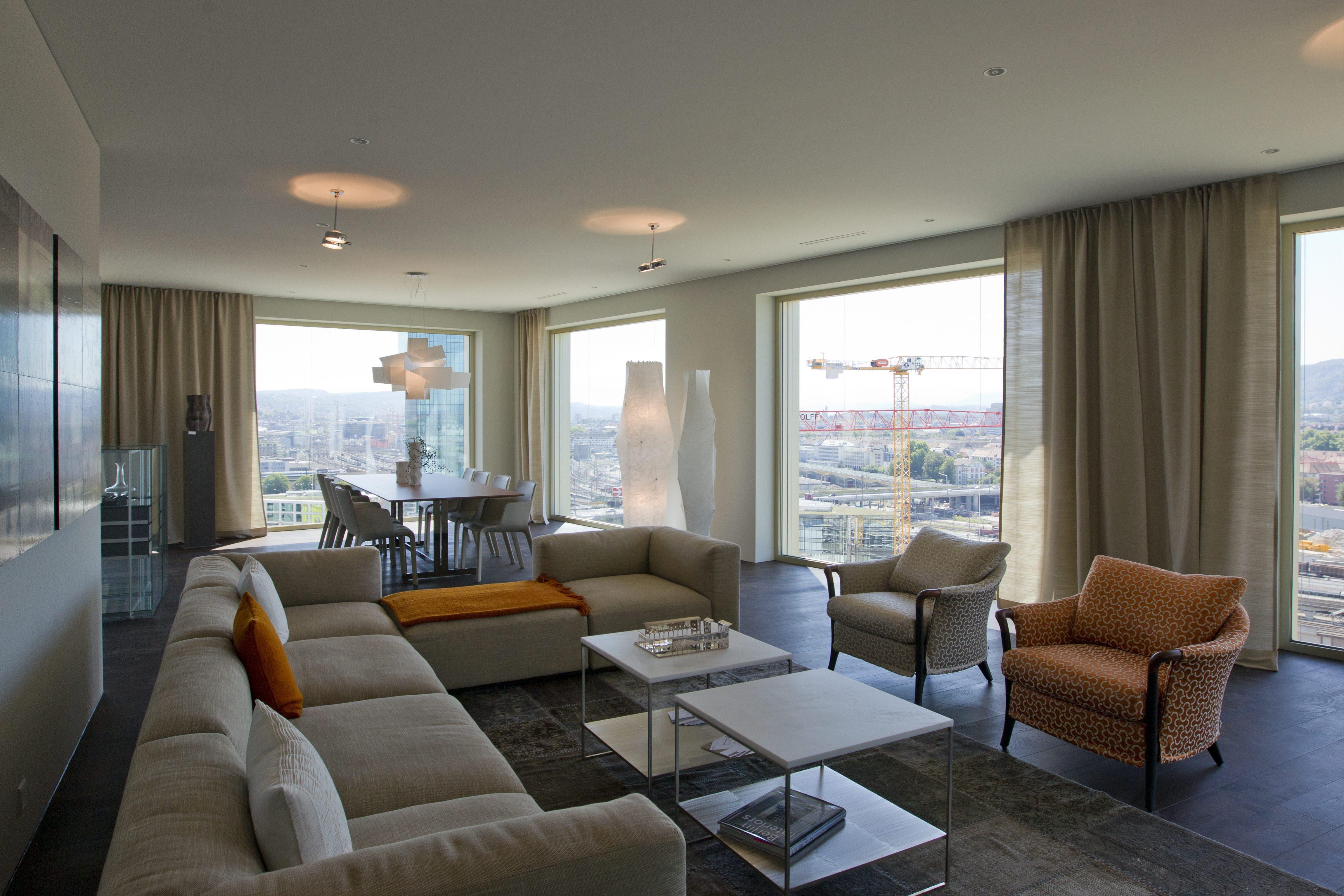 wer eine hypothek braucht soll shoppen gehen. Black Bedroom Furniture Sets. Home Design Ideas