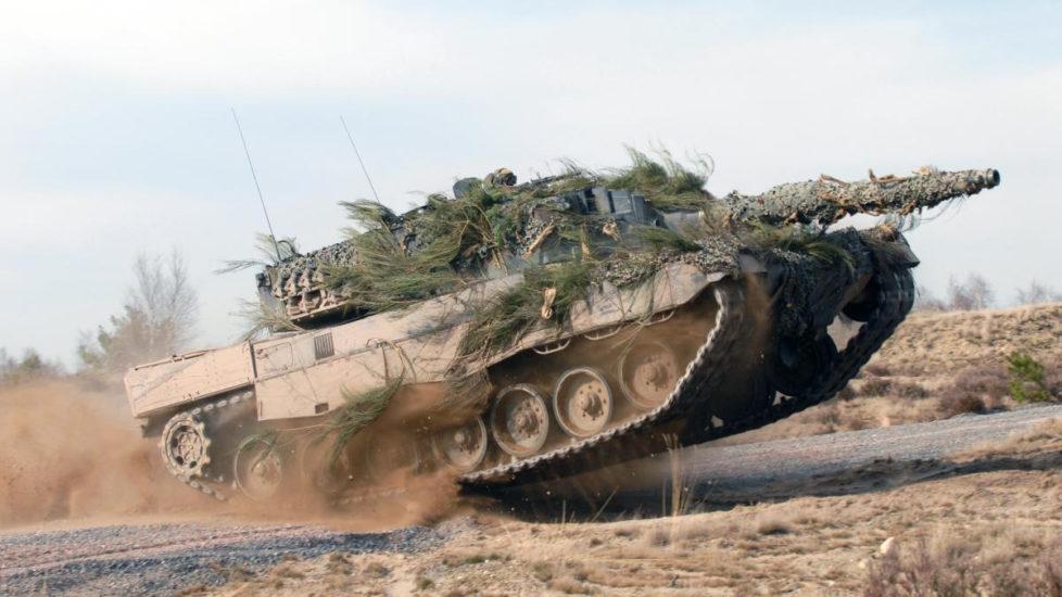 Die Pensionskasse Publica investiert kein Geld mehr in Rüstungsfirmen: Leopard 2 der deutschen Firma Krauss-Maffei Wegmann. Foto: PD