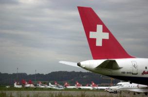 Tiefer Fall: Anleger haben nach dem Zusammenbruch der Swissair ihr Geld verloren. Foto: PD