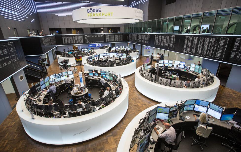 Aktien kaufen: In der Regel in der Originalwährung. Foto: Key