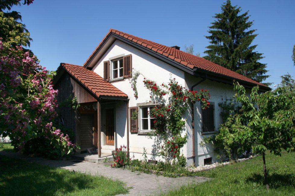 Eigenheim: Kostenfreier Ausstieg aus einer Festhypothek mit langer Laufzeit ist schwierig. Foto: Bruno Schlatter