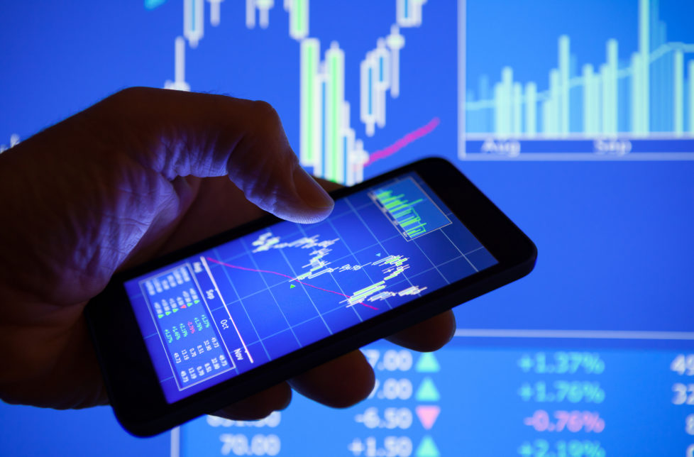 Aktien kaufen: Manchmal zahlt es sich aus, eine Korrektur abzuwarten. Foto: Getty