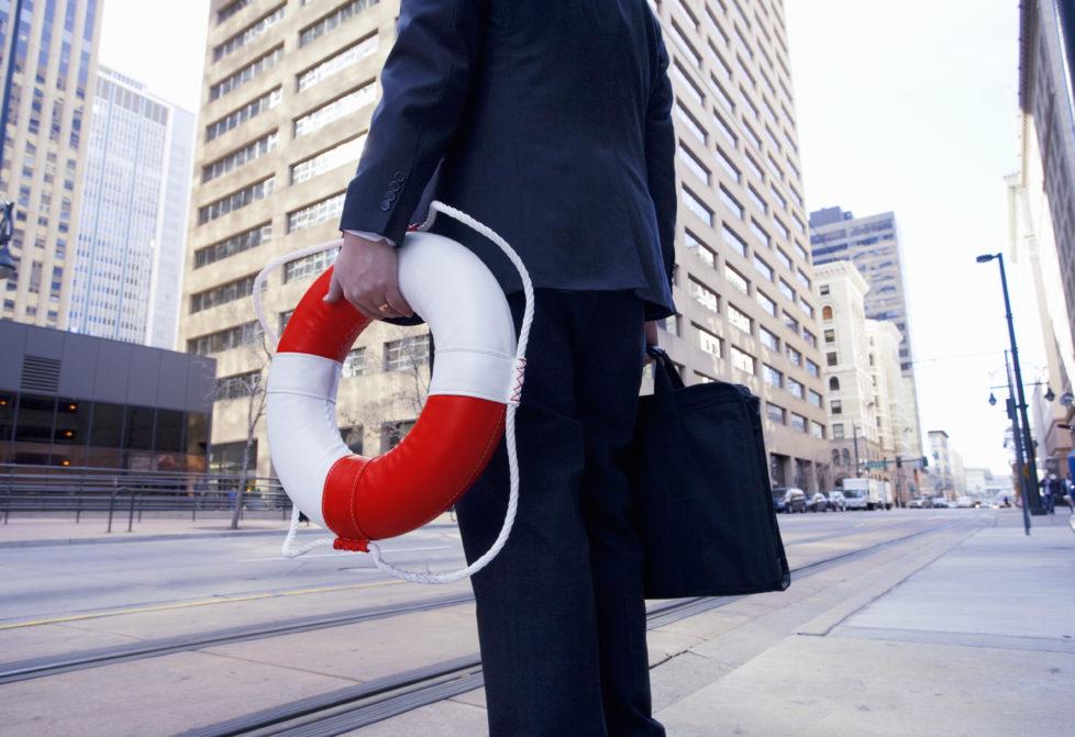 Wer viel Wert auf Sicherheit legt, kann sein Geld auch bei Versicherungen anlegen. Foto: Getty Images