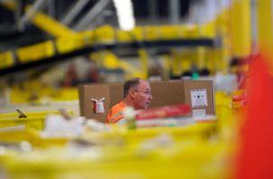 Die Papiere von Amazon eignen sich auch auf aktuellem Niveau noch, um sie bis zur Pension liegenzulassen. Foto: Mark Makela (AFP/Getty)