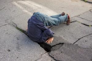 Wer ist verantwortlich für die Zustände auf der Erde? Kaputte Strasse in San Francisco. Foto:  Peretz Partensky (Flickr)