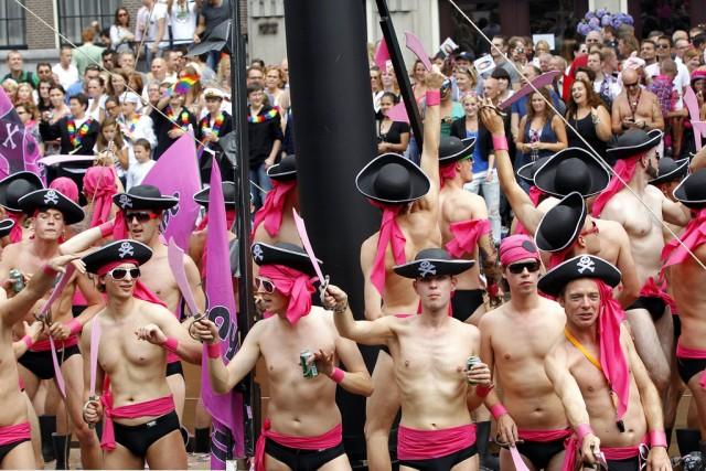 Schwule Piraten an Gay Pride in Amsterdam, 6. August 2011. (Keystone/Bas Czerwinski)