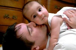 Kind Vom Klettergerüst Auf Bauch Gefallen : Mein baby fällt mir bestimmt nicht runter mamablog