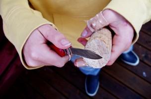 Das erste Sackmesser: Flickr-User Broterham kommentiert dieses Foto mit «Nur acht Schnitte in einer Woche».