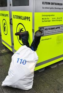 Sorgen entsorgen: «Elternklappe» in Zürich. Foto: Pro Juventute (Flickr)