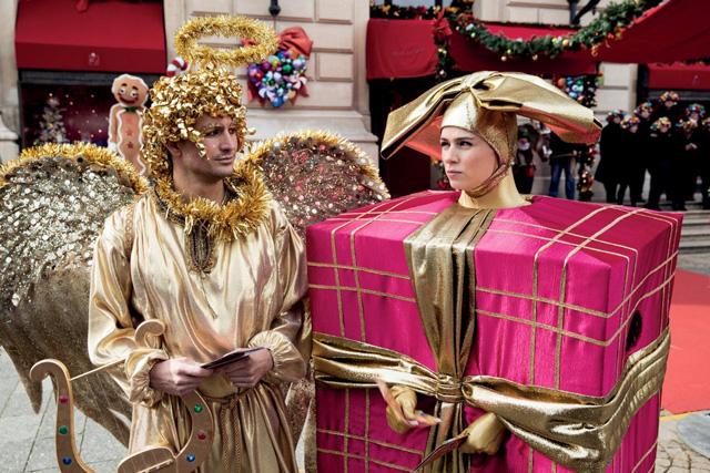 Hallo Weihnachten: Tom Beck und Nora Tschirner in «Alles ist Liebe». (Universal)