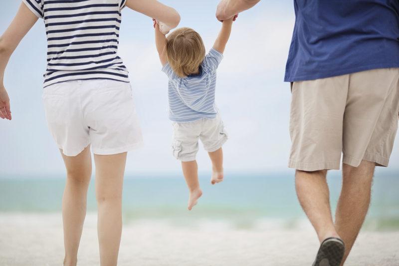 Komplett zu dritt: Die Frage nach Geschwistern macht für manche keinen Sinn. Foto: iStock