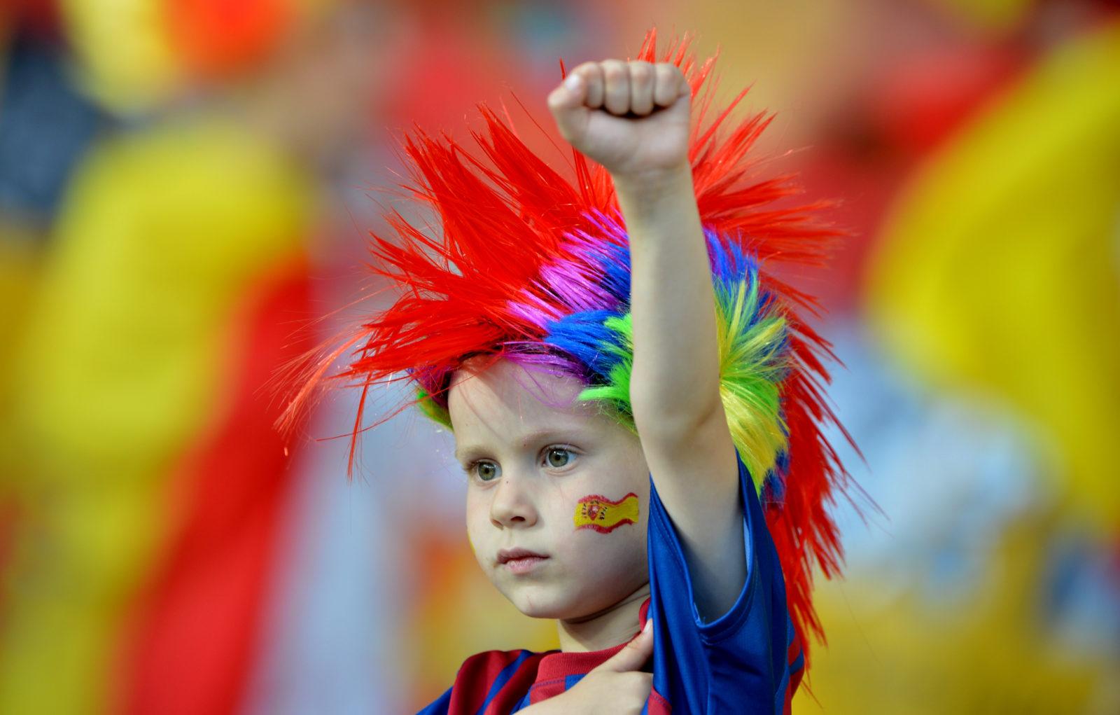Viele offene Fragen - aber ein grossartiges Spiel: Spanischer Fussballfan. AFP/Gabriel Bouys)