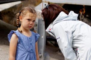 Theoretisch klingt alles schlüssig und einfach: Eine Mutter rügt ihre Tochter. Foto: Andrew Taylor (Flickr)