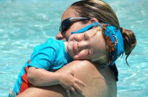 Ein Kind verändert den Körper der Mutter: Letztere muss sich daran gewöhnen. Foto: Julie, Dave & Family (Flickr)