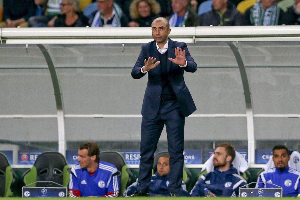 Schalke-Trainer Di Matteo beim Champions-League-Gruppenspiel in Lissabon, 5. November 2014. Foto: Manuel de Almeida (Keystone)