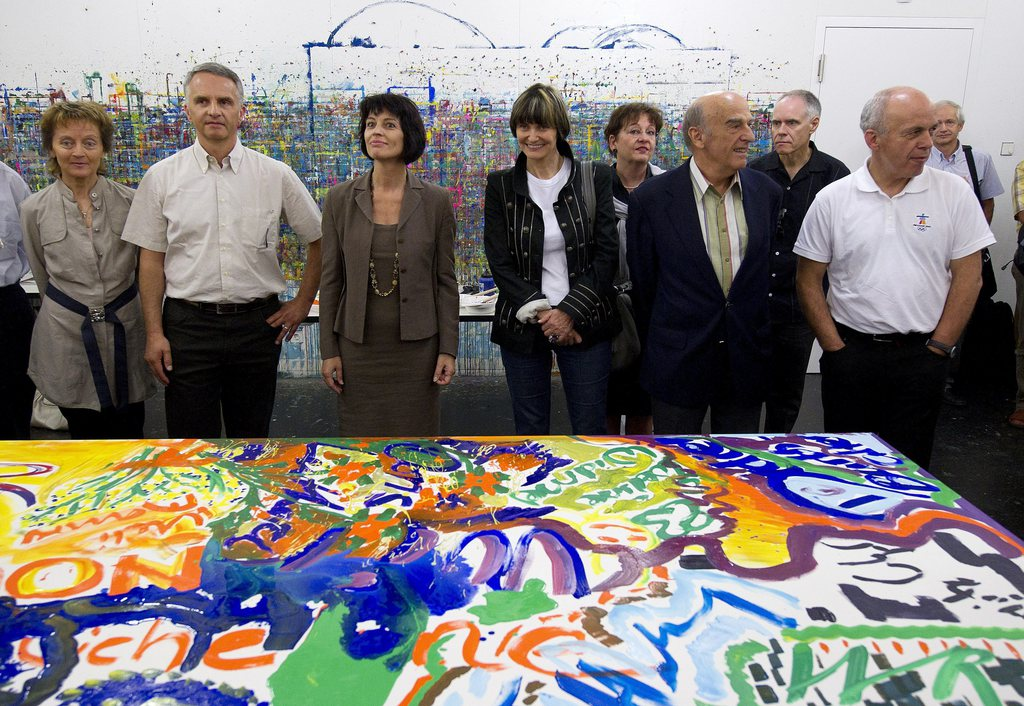 Der Bundesrat des Jahres 2010 präsentiert stolz seine Gruppenarbeit.