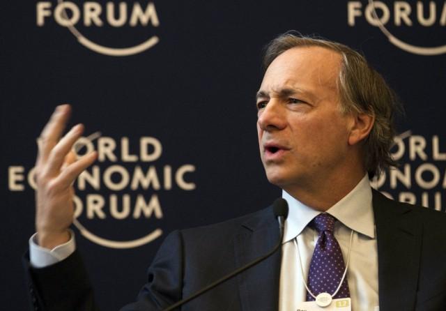 Ray Dalio spricht am WEF in Davos, 25. januar 2012. (AP/Anja Niedringhaus)