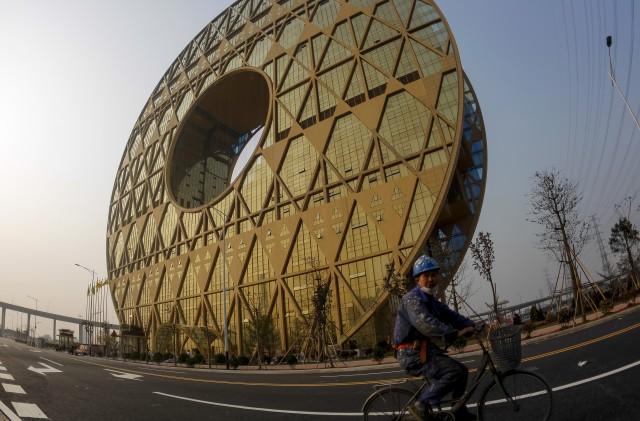 Futuristisches Gebäude in Guangzhou, 27. Dezember 2013. (Reuters/Alex Lee)