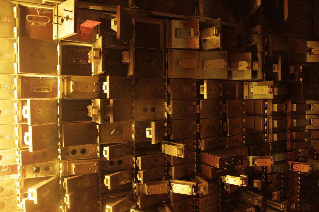 Schliessfächer in der verlassenen Central National Bank in Richmond (USA). Foto: Jason Saul, Flickr
