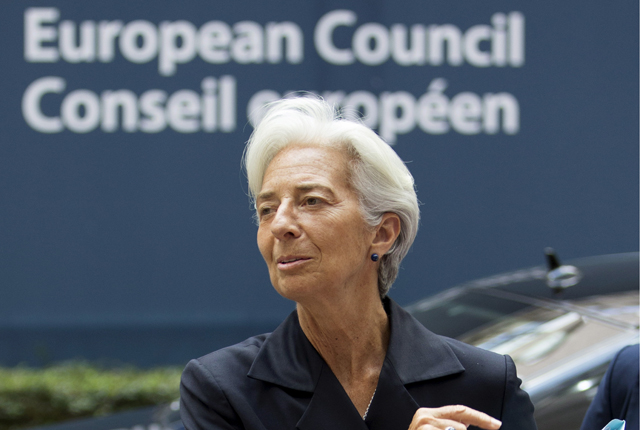 International Monetary Fund (IMF) Managing Director Christine Lagarde arrives at a Eurozone finance ministers emergency meeting on the situation in Greece in Brussels, Belgium June 27, 2015. Euro zone finance ministers meet as planned on Saturday for an emergency meeting on Greece despite Greek Prime Minister Alexis Tsipras' decision to call a referendum, an EU official said.   REUTERS/Yves Herman  - RTX1I1JV