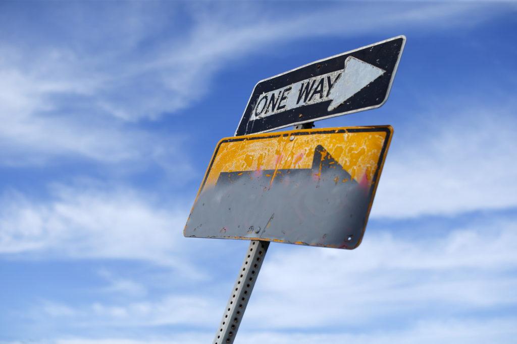 Schilder an einer Einbahnstrasse in San Diego, Kalifornien. Foto: Mike Blake (Reuters)