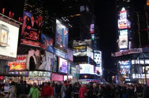 Die Welt ist ein Platz: Times Square in New York. Foto: Richard Allaway (Flickr)