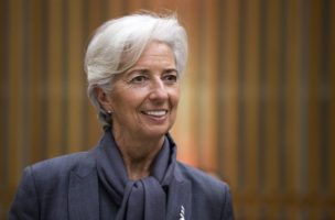 epa05237619 International Monetary Fund (IMF) President Christine Lagarde attends the Seminar on International Financial Questions at the French Economy and Finance Ministry in Paris, France, 31 March 2016.  EPA/ETIENNE LAURENT