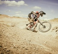 Mountainbike oder Motocross? Gravity-Rennen in der Kiesgrube. Foto: Mike Herzog (AUTrenalin BU)