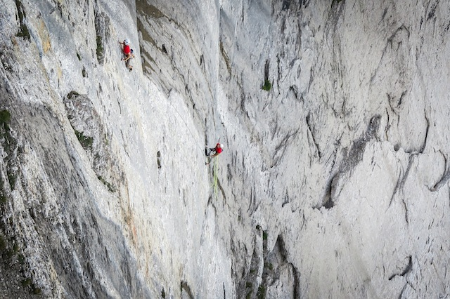 Jonas Schild und Nicolas Hojac in «Hattori Hanzo», Titlis Nordostwand. Foto: Björn Weber