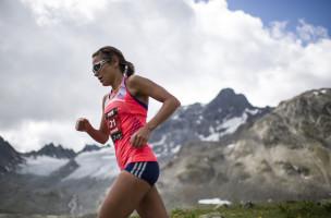 Jasmin Nunige auf dem Weg zum Sieg am Swiss Alpine Marathon 2015. Foto: Samuel Trümpy (Keystone)