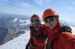 Marcel Jaun (r.) und Damian Göldi bei der Vorbereitung in Chamonix, Frankreich. (Alle Fotos: Marcel Jaun)