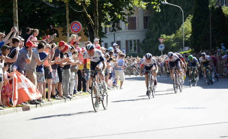 Trotz grosser Radsportbegeisterung – im Bild die Tour-de- France-Etappenankunft in Bern – wird das IAM-Team im kommenden Jahr nicht mehr weitergeführt. (Bild: Martin Platter)