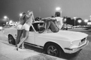 Musclecars und Hot Pants auf dem Van Nuys Boulevard
