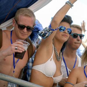 frivoler karneval geile frauen über 40
