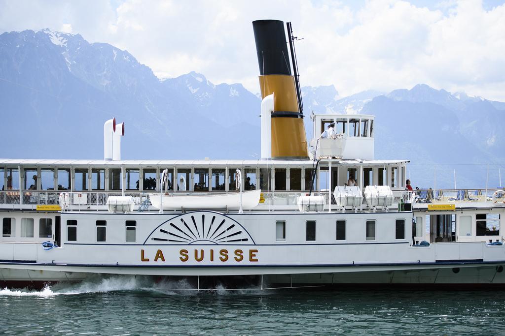 Dampfbetrieb ist nicht ökonomischer als Windkraft: Dampfschiff «La Suisse» auf dem Genfersee in Montreux. Foto: Manuel Lopez (Keystone)