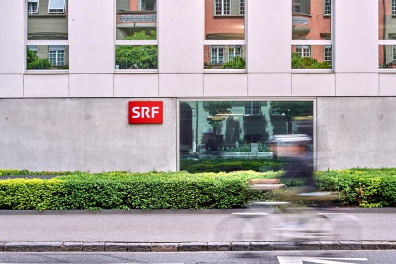 Je nach Sendung und Medium wird ein Ereignis komplett anders beurteilt: Das Radiostudio Bern. Foto: Adrian Moser