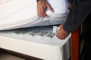 Absurder IWF-Angriff aufs Bargeld