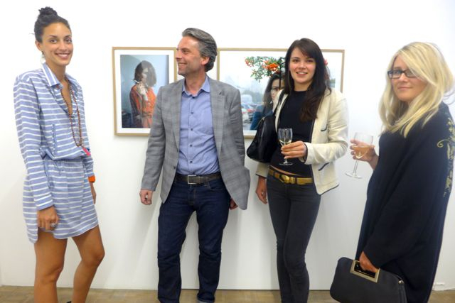 Diana Lira, Galerist Nicola von Senger, Mariya Verpakhovskaya und Anna Belov