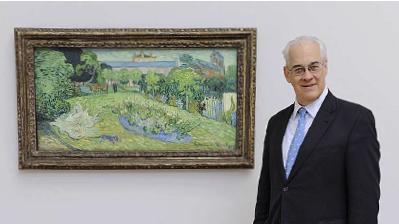 Rudolf Staechelin vor Van Goghs «Le Jardin de Daubigny»