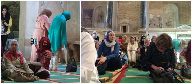 """Das Fotografieren verbindet die Welten: In der von Christoph Büchel als """"Erste Moschee in der historischen Stadt Venedig» installiertem isländischen Pavillon"""