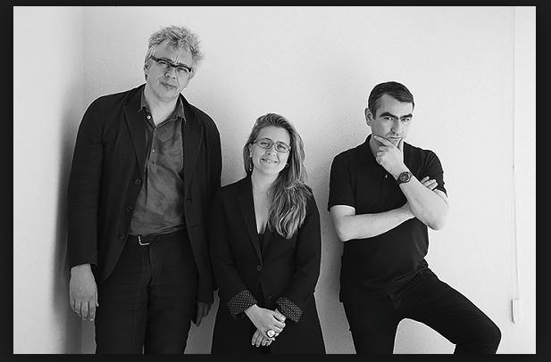 Haben sie ihren Job lausig gemacht? Bart De Baere, Defne Ayas und Nicolaus Schaffhausen, die Kuratoren der Moskau-Biennale